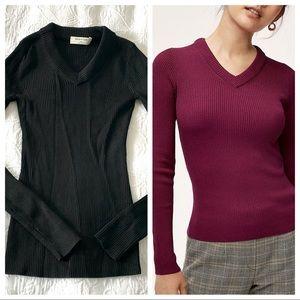 Aritzia Babaton Wiley black sweater XXS (i15)